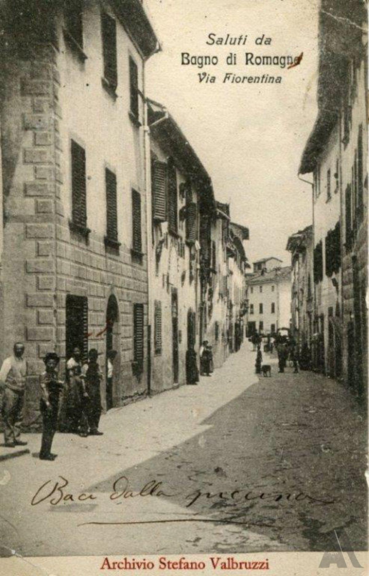 Cartolina – B/N opaco, cm 14x9. Viaggiata – Da Bagno per Cesena, 01/11/1909. Francobollo – Effige Vitt. Em. III volta a sinistra, C. 5, colore verde. Timbro – Tondo riquadrato.